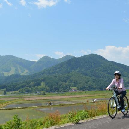 木島平村のレンタルE-bikeで北信州を走ろう!